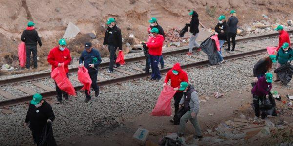 EFE participa en el primer Trash Challenge en la faja vía de Cerrillos de cara a la COP25