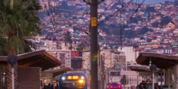 Metro Valparaíso refuerza sus servicios el 31 de diciembre