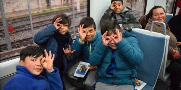 Metro Valparaíso se sumó al 7° Festival Internacional de Cine Ojo de Pescado con inédito viaje de niños y niñas