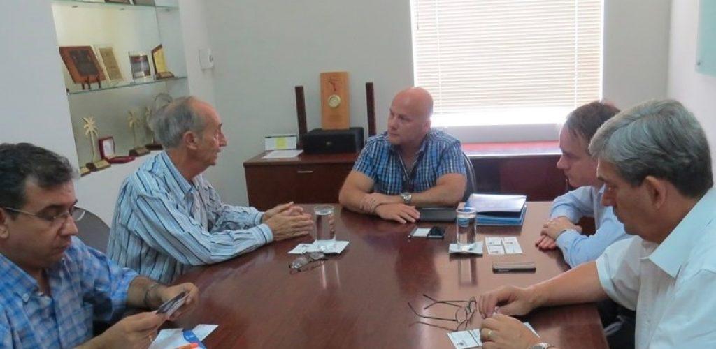 Vicepresidente del Ferrocarril Arica La Paz se reunió con empresarios bolivianos
