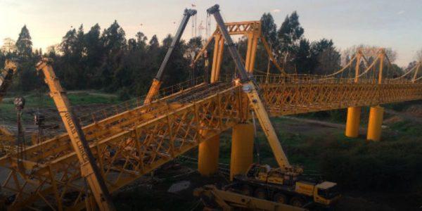 Finaliza la primera etapa de rescate de equipos en Puente Toltén