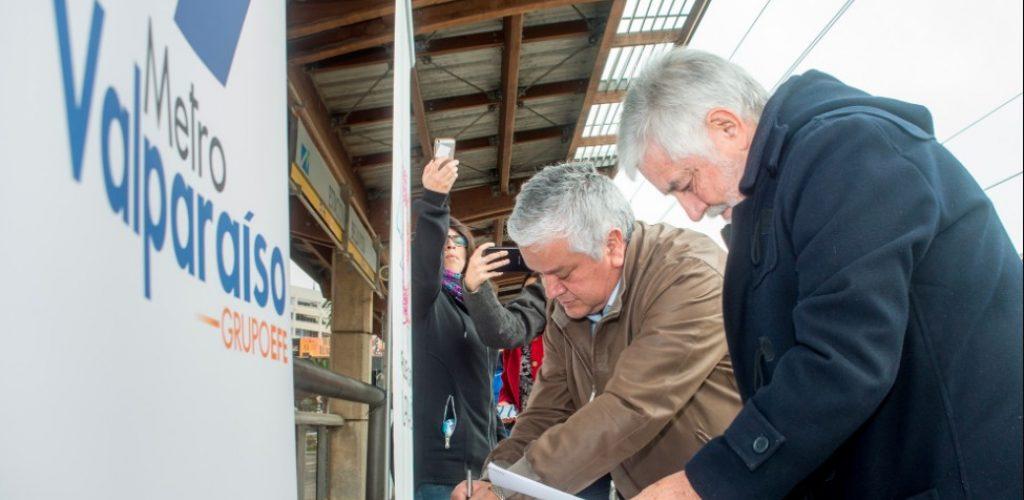 Metro y Parque Cultural firman convenio para la difusión de actividades culturales en la región