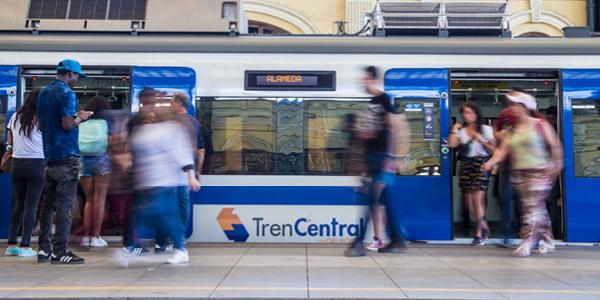 Servicios ferroviarios extenderán horarios de operación
