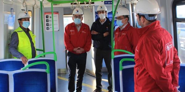 Autoridades regionales encabezan fiscalización a borde de trenes de Metro Valparaíso y supervisan proceso de sanitización