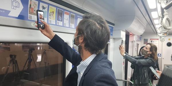 La lectura digital llega a bordo del tren a la región de Valparaíso